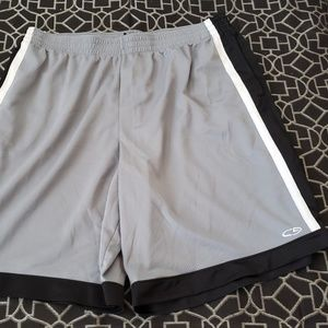 Champion basketball shorts size XXL